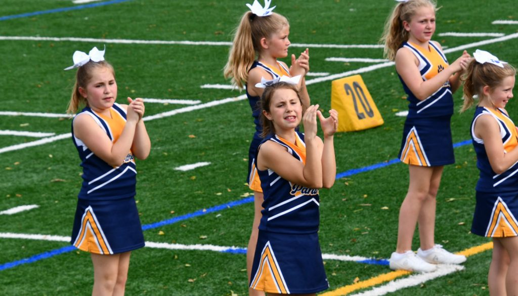panther_football_cheer_0000s_0047_DSC_5236
