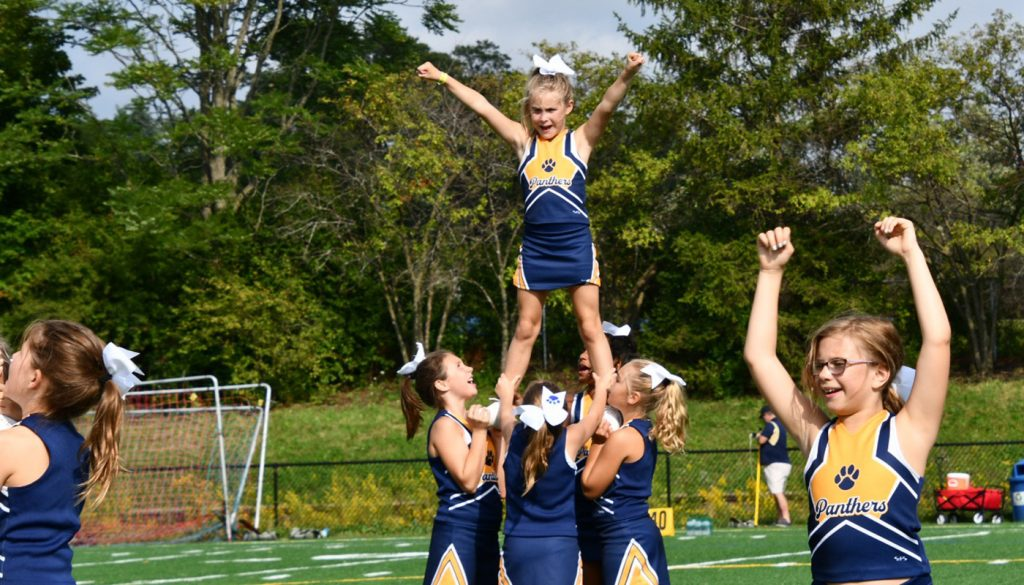 panther_football_cheer_0000s_0054_DSC_5139