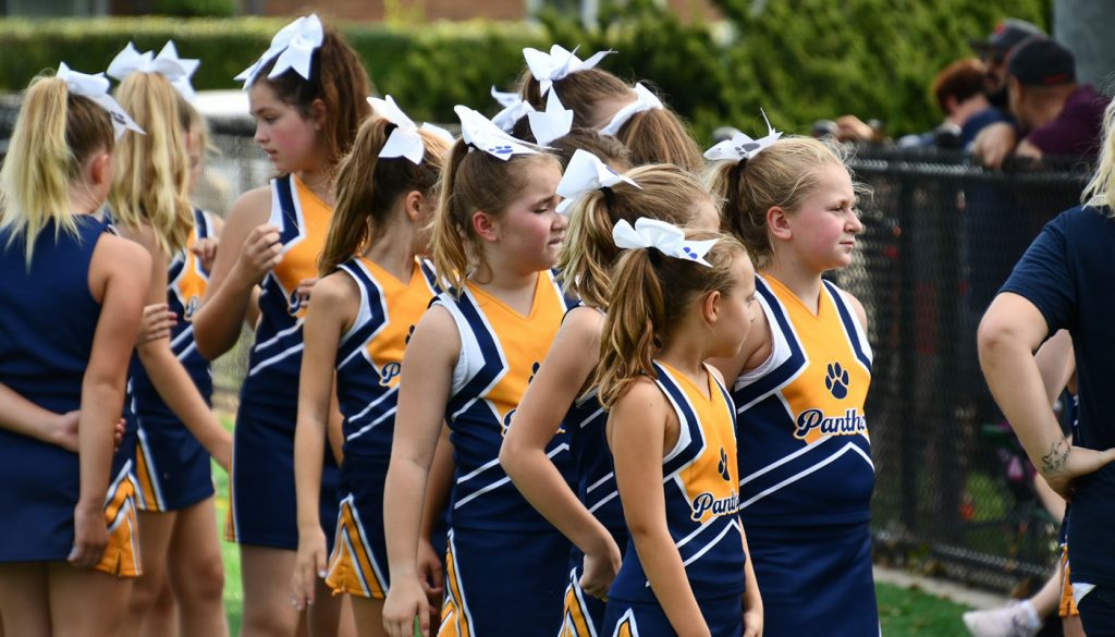 panther_football_cheer_0000s_0059_DSC_5103