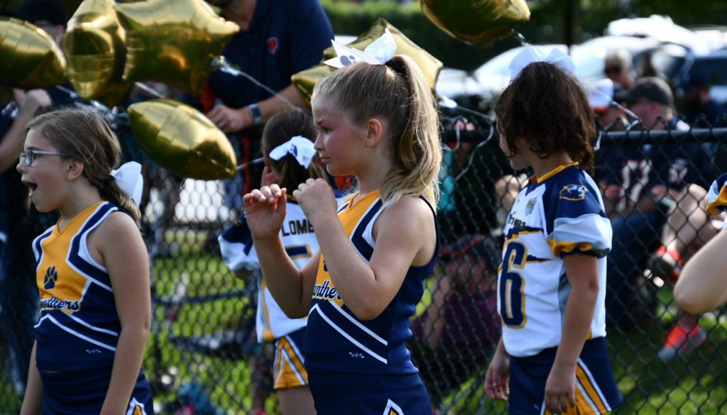 panther_football_cheer_0000s_0060_DSC_4909